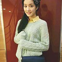 韓流ドラマでご存知の「イヴのすべて」や、「宮廷女官チャングムの誓い」に出演している女優、キョン・ミリさんの娘さんで、「千の顔を持った女優」とも言われるイ・ユビさん
